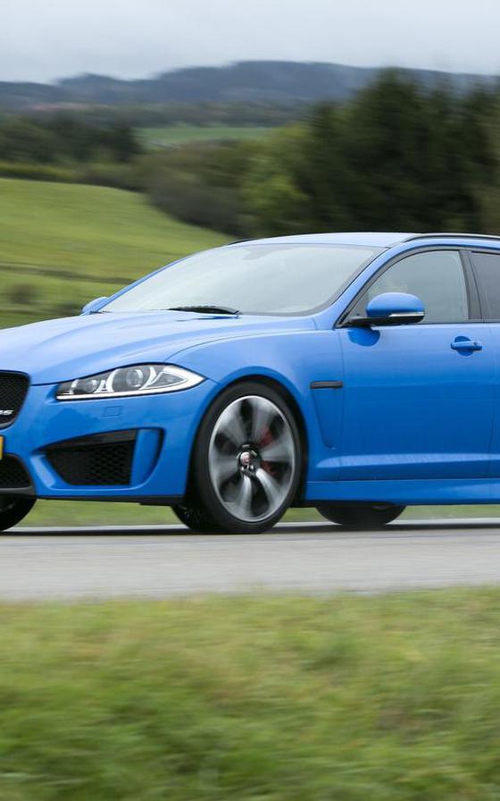 'Jaguar Land Rover zoekt duizenden mensen'
