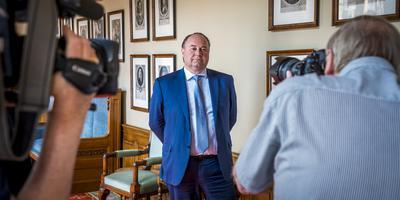 Henk Otten op de dag van zijn installatie in de Eerste Kamer.