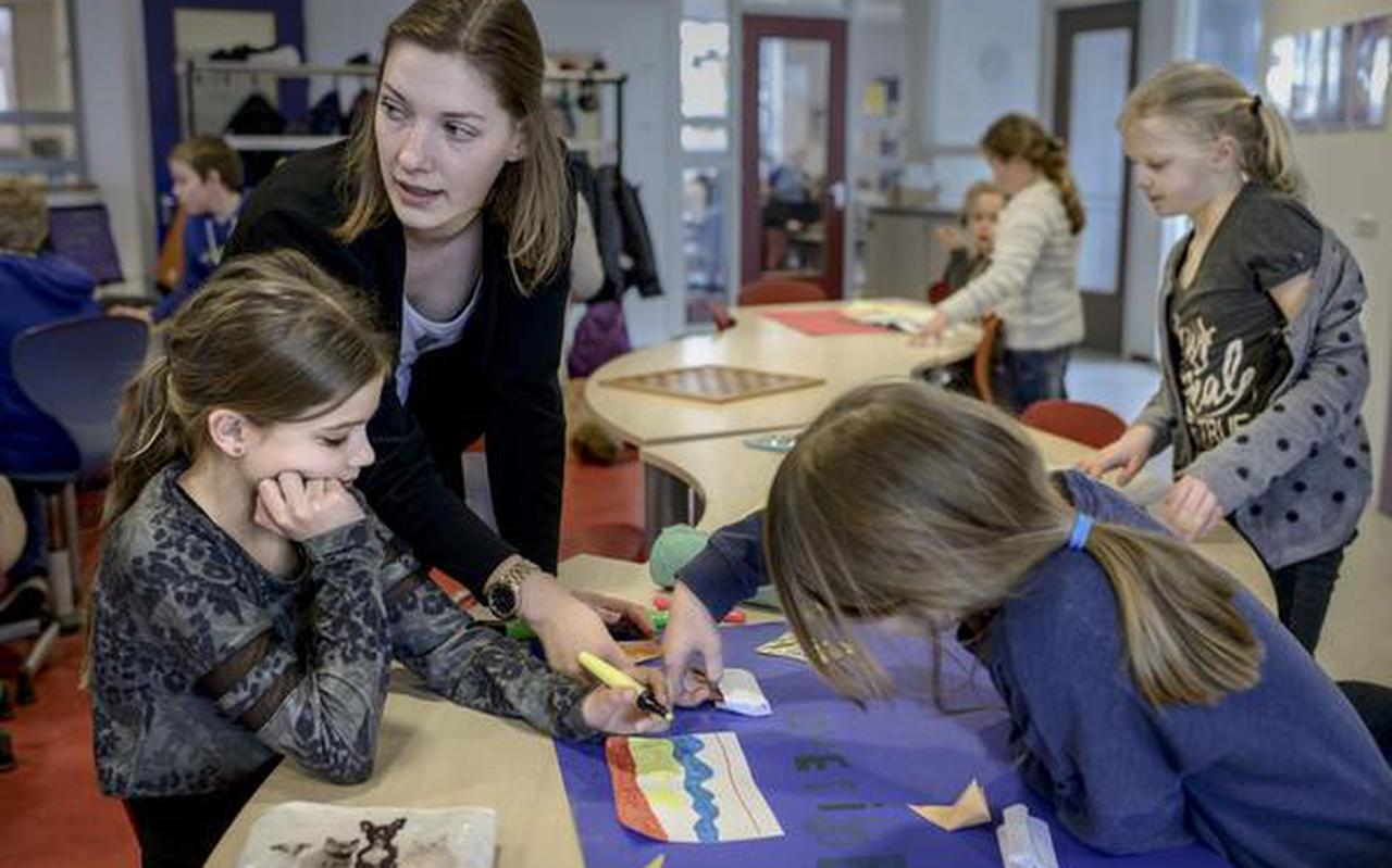 Invalskracht Simone Pieters: ,,Het is voor leerlingen ook beter een vast iemand voor de klas te hebben.''