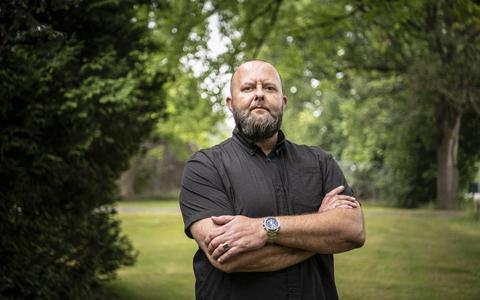 Dutchbat-veteranen hebben genoeg van praten en stappen naar rechter voor eerherstel