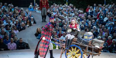 Scene uit een eerdere voorstelling bij Shakespeare in Diever King Lear. Foto: Archief Jaspar Moulijn