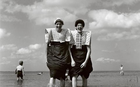 Hoe verging het de vissers en hun families aan de kusten van de Zuiderzee nadat de Afsluitdijk werd gesloten in 1932?