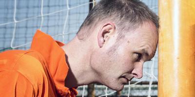 Meindert Talma: ,,De voetballers en trainers in de liedjes zijn personen met een eigen karakter.'' Foto Henk Veenstra