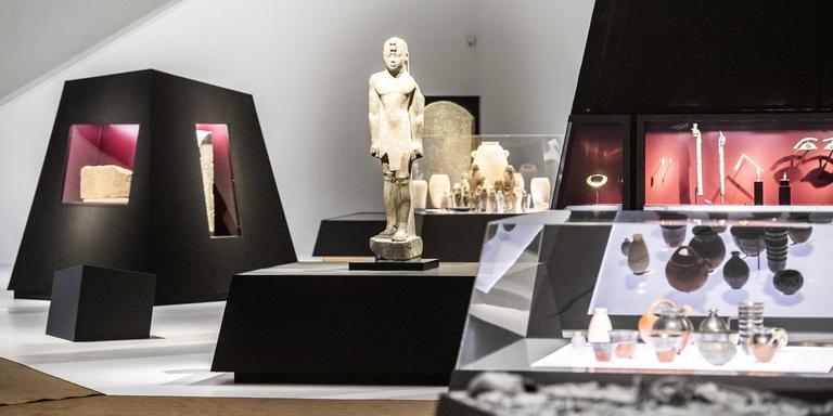 Het beeld van de Nubische koning Senkamanisken staat centraal op de expositie. Foto's: Marcel Jurian de Jong