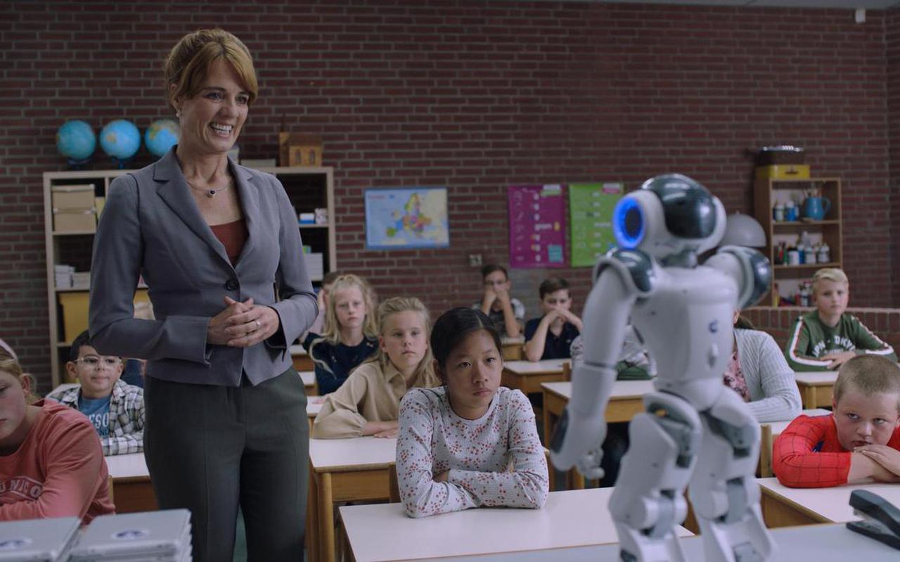 Ilse Warringa als juf Ank in 'Luizenmoeder: de film'
