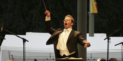 Dirigent Antony Hermus.