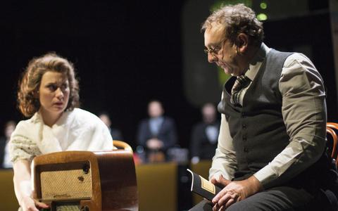Componist Hanns Eisler moest twee keer vluchten