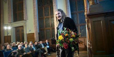Ilja Leonard Pfeijffer in Groningen na het winnen van VSB Poezieprijs 2016. Foto Archief Corné Sparidaens