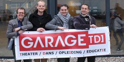 De oude team van Garage TDI, met rechts Henk de Reus.