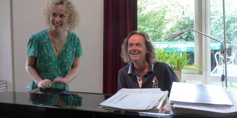Willemijn Maandag naast Henk Ruiter tijdens de audities voor Noord op de schaal van Richter. Foto Stichting Walkyre Echo's