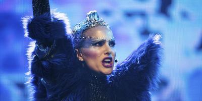 Natalie Portman speelt in openingsfilm Vox Lux op IFFRiG de steeds narcistischer wordende superster Celeste.