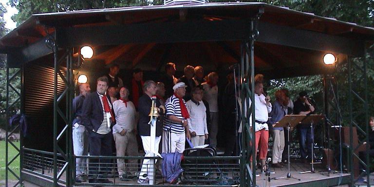 De muziekkoepel is komend weekeinde het toneel waar blazers en zangers zich kunnen uitleven. Foto: Archief
