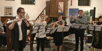Cursisten en een coach tijdens een concert in de kerk te Grolloo 2017. Ook vandaag en zondag zijn er concerten