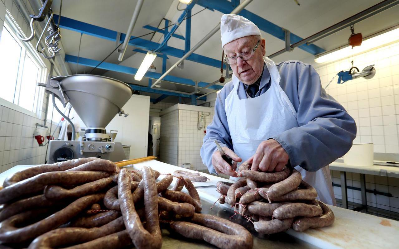 """Wiebe Dijkstra (93): """"Ik vind biefstuk niets aan. Doe mij maar een speklapje."""" Foto: Harry Tielman"""