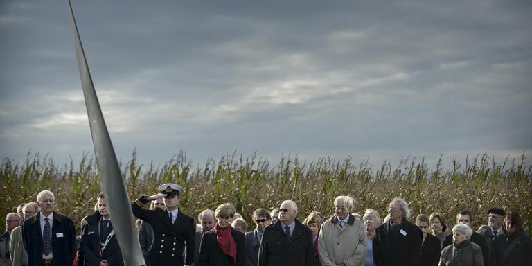 Herdenking bemanningsleden Lancaster JB154 in 2008. FOTO KEES VAN DE VEEN