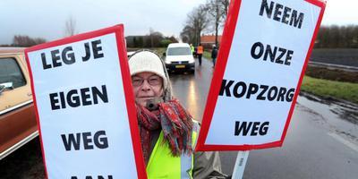 In januari voerden bewoners al actie tegen de overlast. Foto: DvhN/Harry Tielman