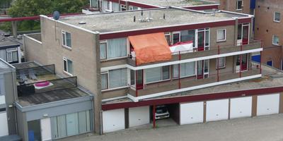 De woning aan de Hoofdstraat in Emmen waar de fatale steekpartij plaatsvond. Foto: Henk van Wieren