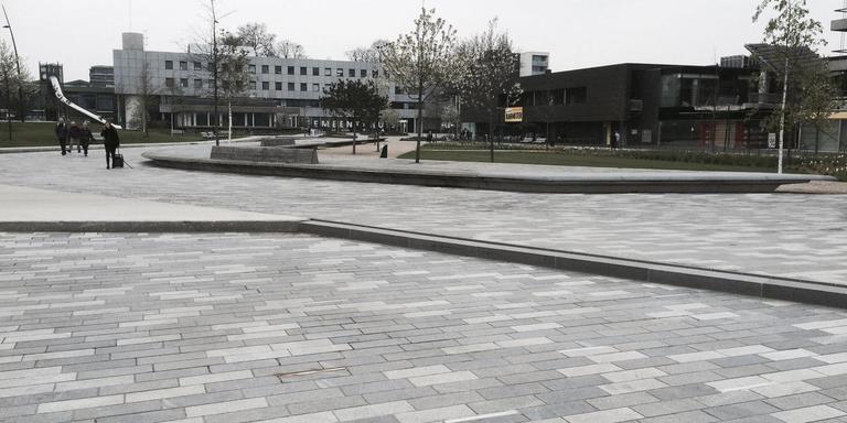 Het Raadhuisplein in Emmen. Foto: DvhN