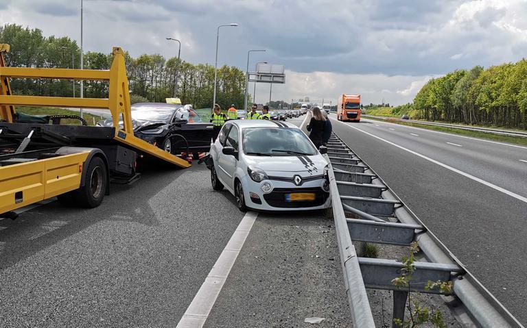 File op A28 bij Hoogeveen na botsing op afslag richting Ommen/Groningen.