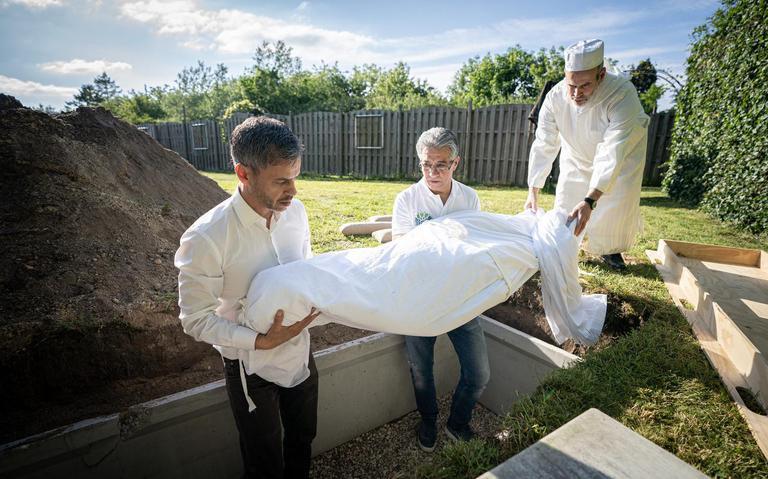 Opbrengst driedaagse geldinzameling voor islamitische begraafplaats Zuidlaren 'valt heel erg tegen'