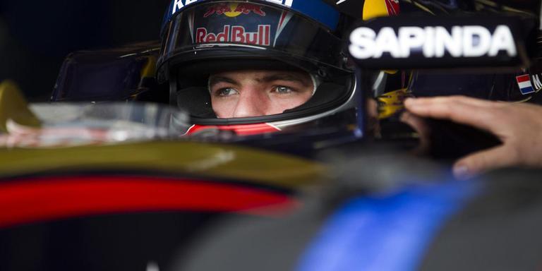 Max Verstappen tijdens een demonstratie van zijn Formule 1-wagen op Circuit Zandvoort. Foto: ANP/Jeroen Jumelet