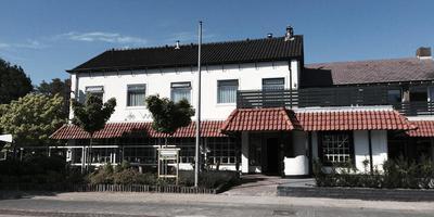 Hotel-restaurant De Wolfshoeve in Schoonebeek ging in 1954 open. Foto: DvhN
