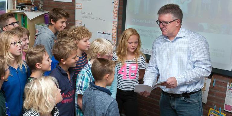 Douwe Oosterveen was 11 jaar gemeenteraadslid in De Wolden voor Gemeentebelangen. Foto archief DvhN/Gerrit Boer