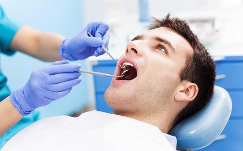 Torenhoge en onverwachte tandartskosten: dit kan je als patiënt er tegen doen