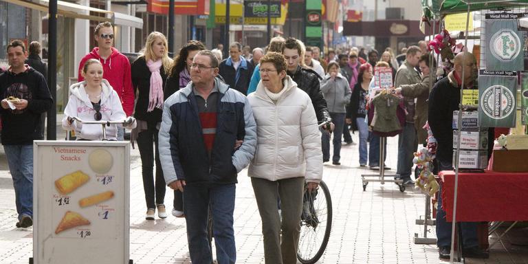 Gemeentebelangen Zorgt Voor Reuring Over Koopzondagen In Hoogeveen