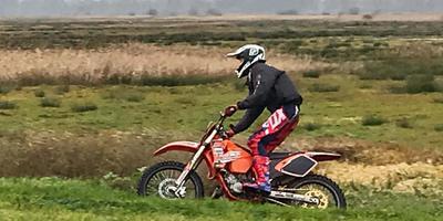 Een motorcrosser in De Onlanden. Eigen foto