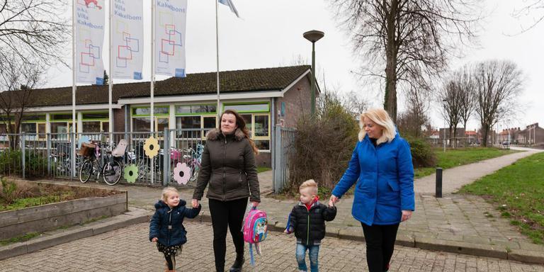 Villa Kakelbont, dat wordt verbonden met het nieuwe Park Dwingeland, wil geld voor renovatie. Foto: Gerrit Boer