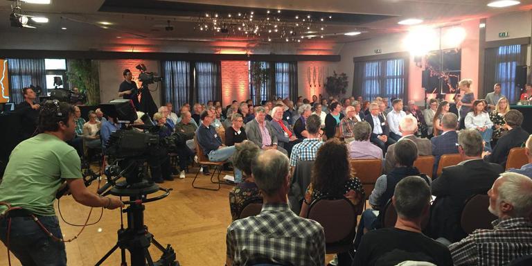 Drenthe in debat, woensdag in zalencentrum Meursinge in Westerbork. Foto DvhN