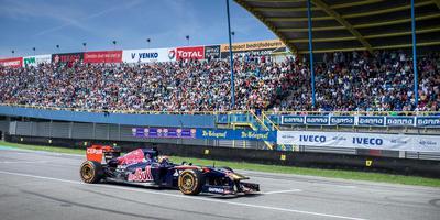 Augustus 2015 reed Max Verstappen al eens rondjes op het TT Circuit tijdens de Gamma Racing Day. FOTO ARCHIEF DVHN