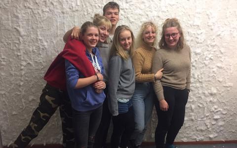 Een week weg met de schermpjes: deze leerlingen durven het aan en leveren hun 'digitale leven' in