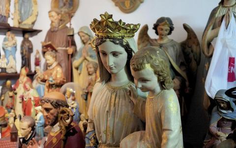 Maria centraal op beeldenmarkt Veenhuizen
