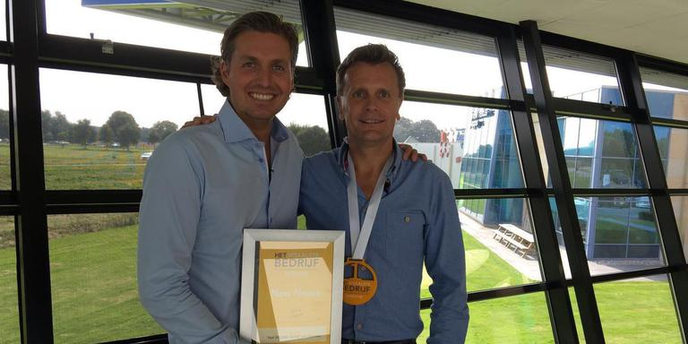 Pieter van den Hoogeband en directeur Richard Tapper van New Nexus.