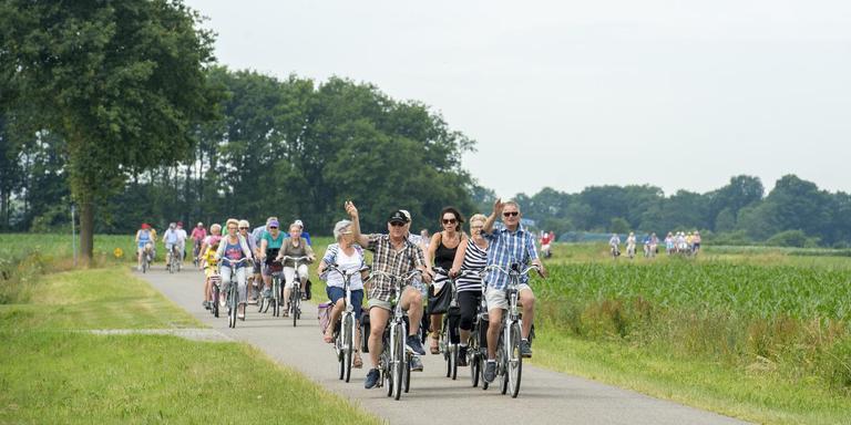 Fietsers beoordelen gemeenten Noordenveld en De Wolden het hoogst. Foto DvhN/Marcel Jurian de Jong