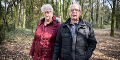 Het echtpaar Gedink heeft 'geen idee' of het vandaag gaat stemmen. Foto Jaspar Moulijn