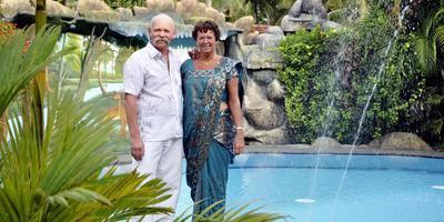 Alex en Rina Kempers, in 2014, extra netjes voor een bezoek aan president Mahinda Rajapaksha.