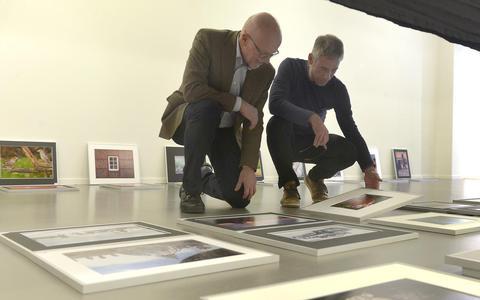 Drentse en Overijsselse fotoclubs exposeren in Emmen: 'Fotografie is schrijven met licht'