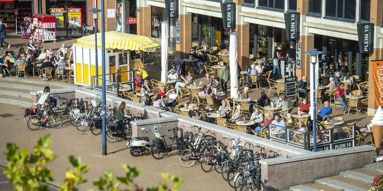 In het werkplan van ViA staat dat het Koopmansplein eind 2019 op de schop gaat. Foto Marcel Jurian de Jong
