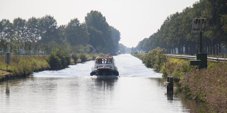 De Drentse Hoofdvaart loopt dwars door de Noordpoort in Meppel heen. Foto DvhN