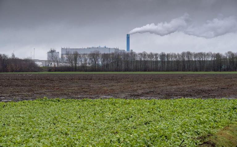 Forse rookontwikkeling bij brand afvalverwerker Attero in Wijster (+video)