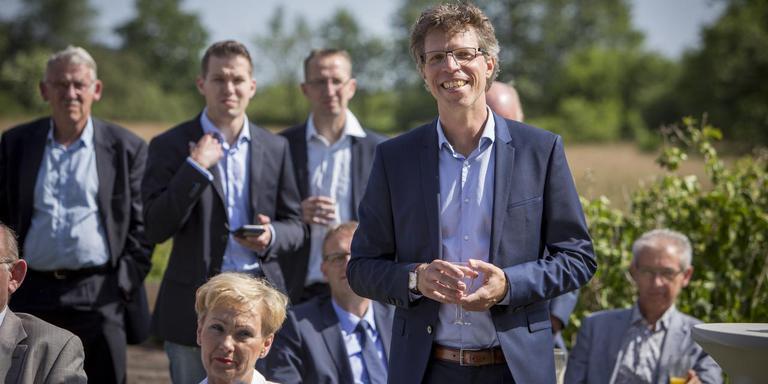 Ard van der Tuuk tijdens zijn afscheidsreceptie van de provincie Drenthe.