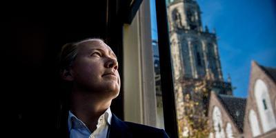 """Jan Molema, topambtenaar bij de Benelux: ,,Talen gingen mij makkelijk af en ik vond het leuk om te doen."""""""