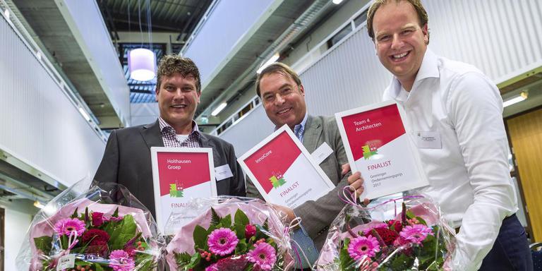 De drie finalisten van de Groninger Ondernemersprijs (vlnr): Stefan Holthausen (Holthausen Groep), Jan Hendriks (InnoCore Pharmaceuticals) en Tjalling thoe Schwartzenberg en Hohenlansberg (Team 4 Architecten)