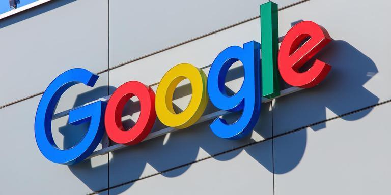 TCN-directeur Rudy Stroink wordt er van verdacht een Google-directeur te hebben omgekocht om een huurcontract af te dwingen voor het datahotel dat Google van 2006 tot 2016 in de Eemshaven huurde.