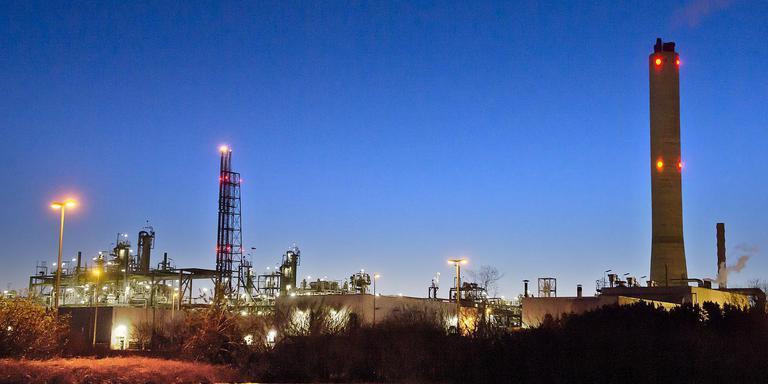 De gaszuiveringsinstallatie van de NAM die mogelijk plaats maakt voor een waterstoffabriek.
