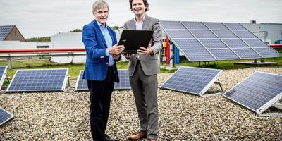 Martien Visser en Sander Huizinga maakte de website energieopwek.nl.