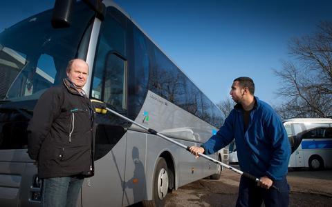 Last van files rond Groningen? Pak de kantoorbus